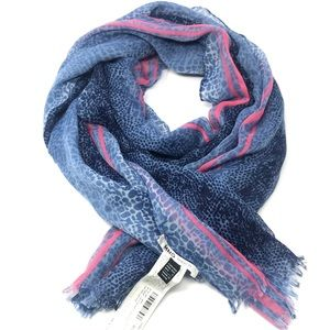 NWOT Mango MNG TOUCH SCARF